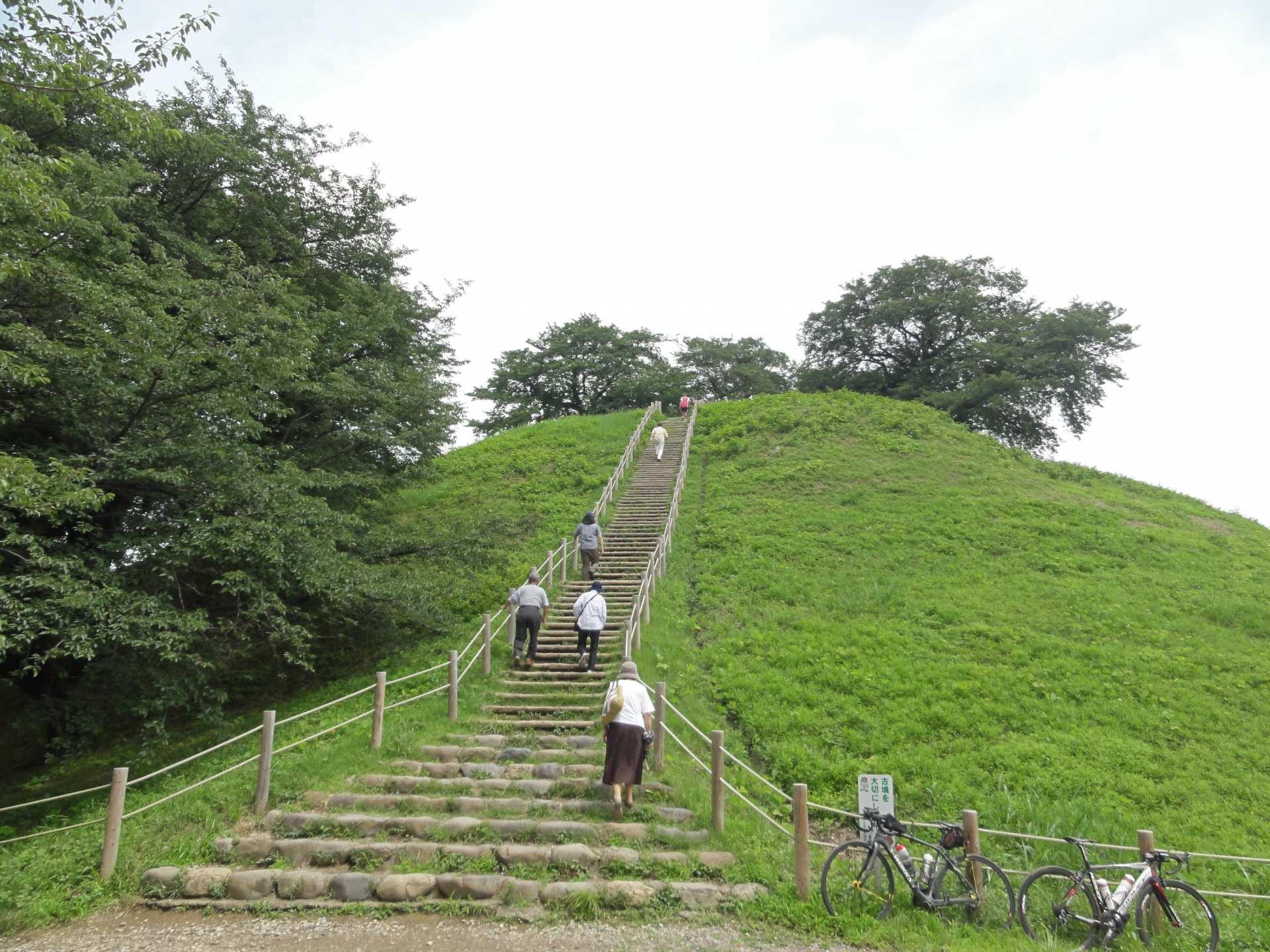埼玉古墓群公園