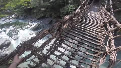 日本著名的三大奇橋之一 葛藤橋