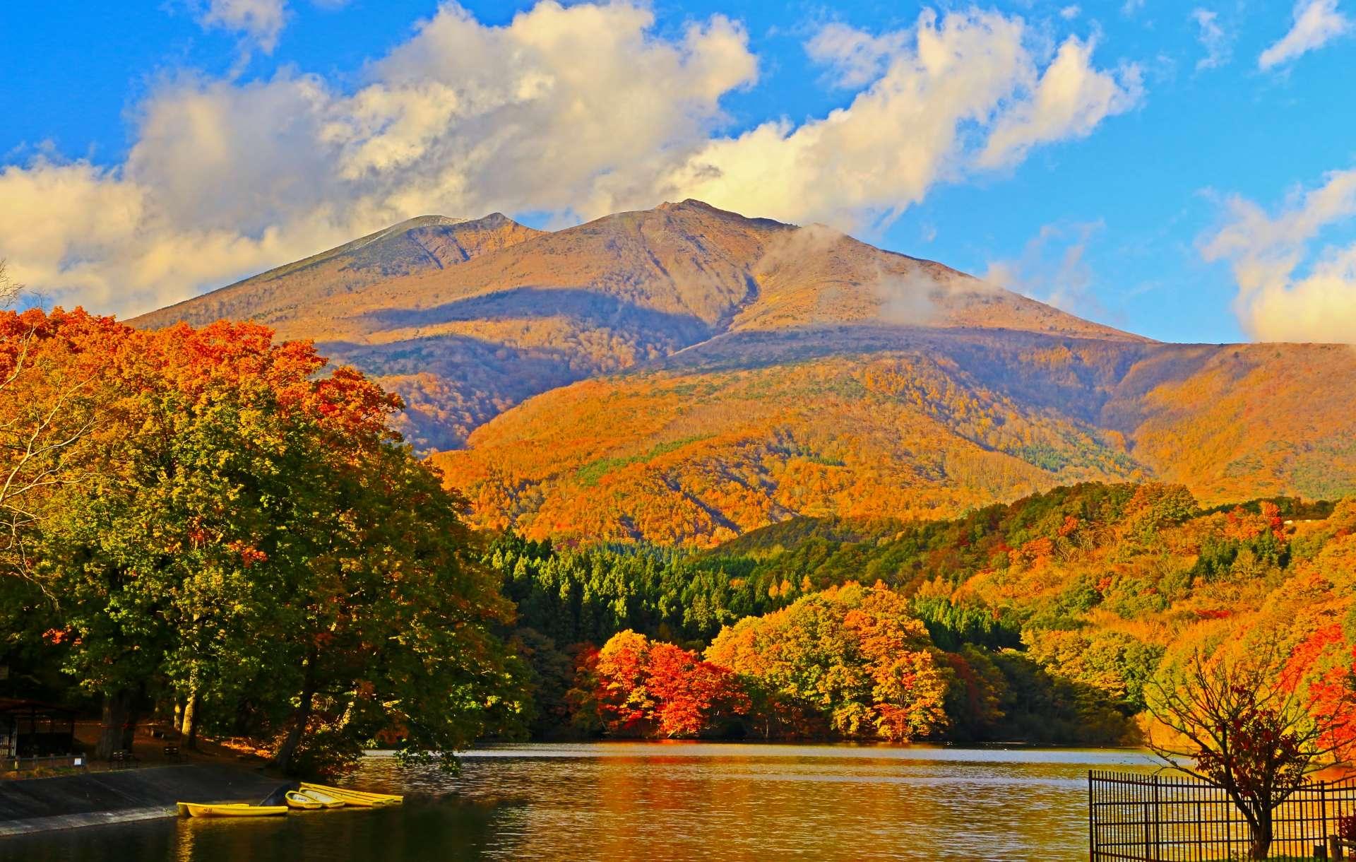 長老湖和不忘山的楓紅景緻