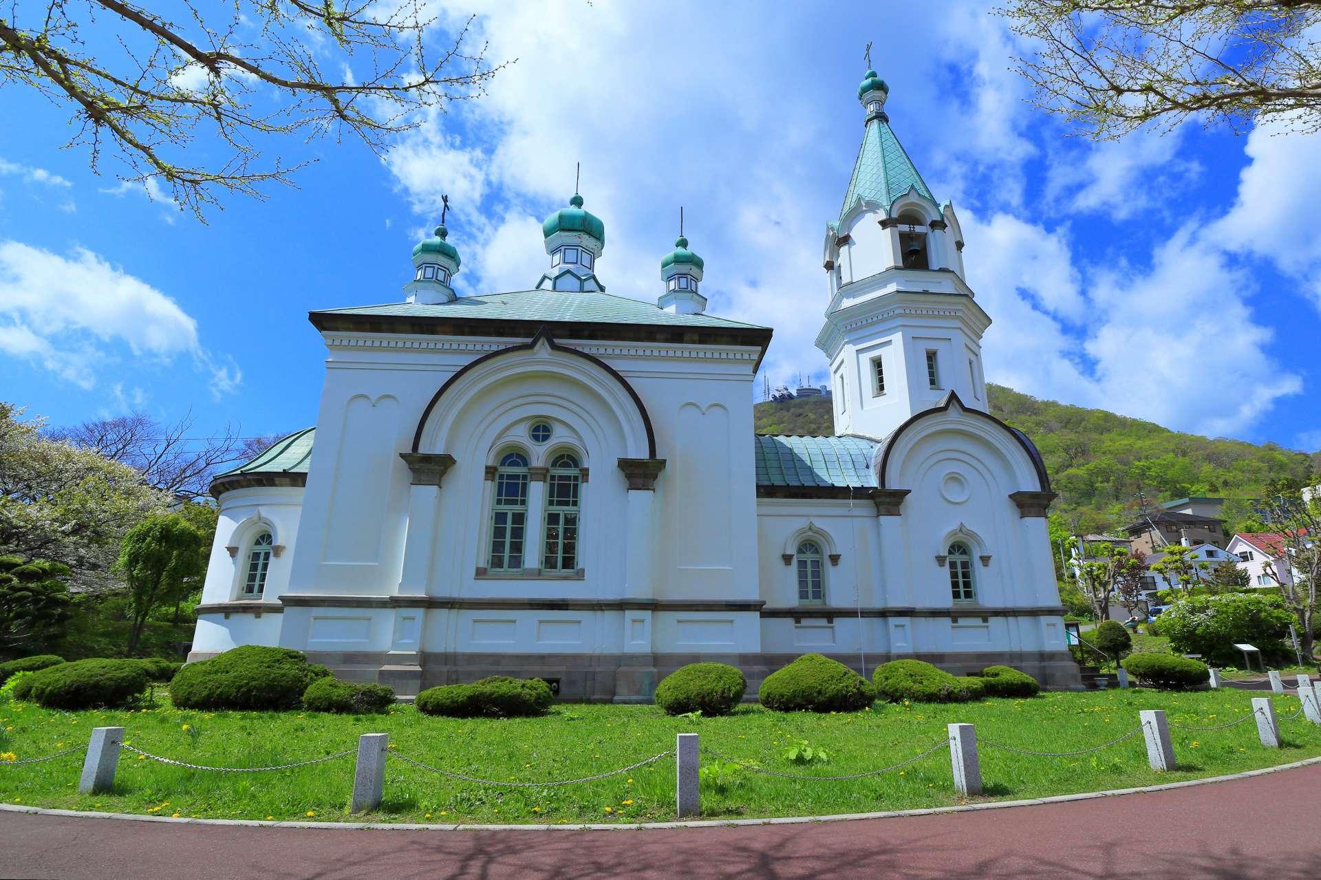晴空下的哈利斯特斯東正教堂