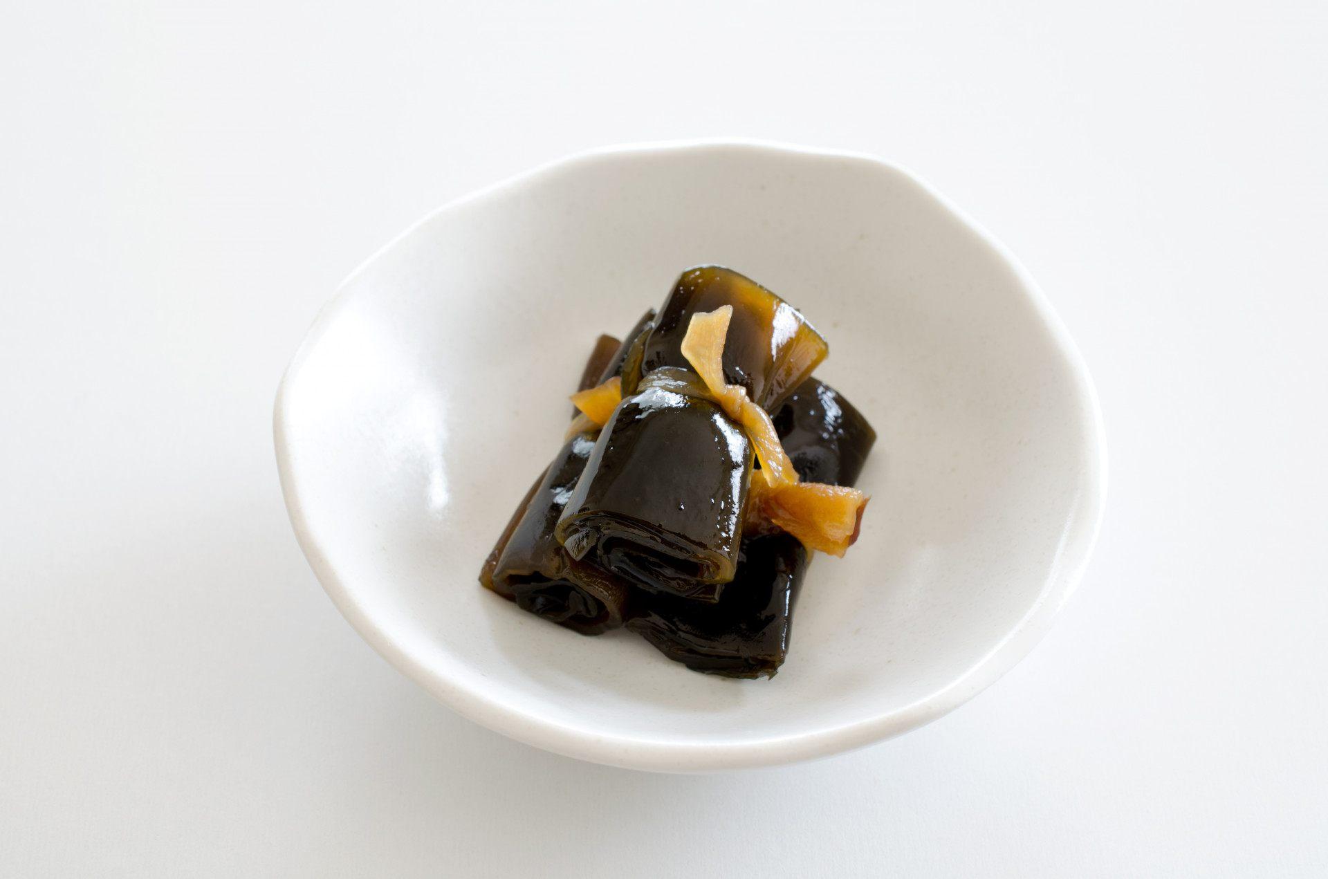 御節料理的代表食材:昆布卷(海帶卷)