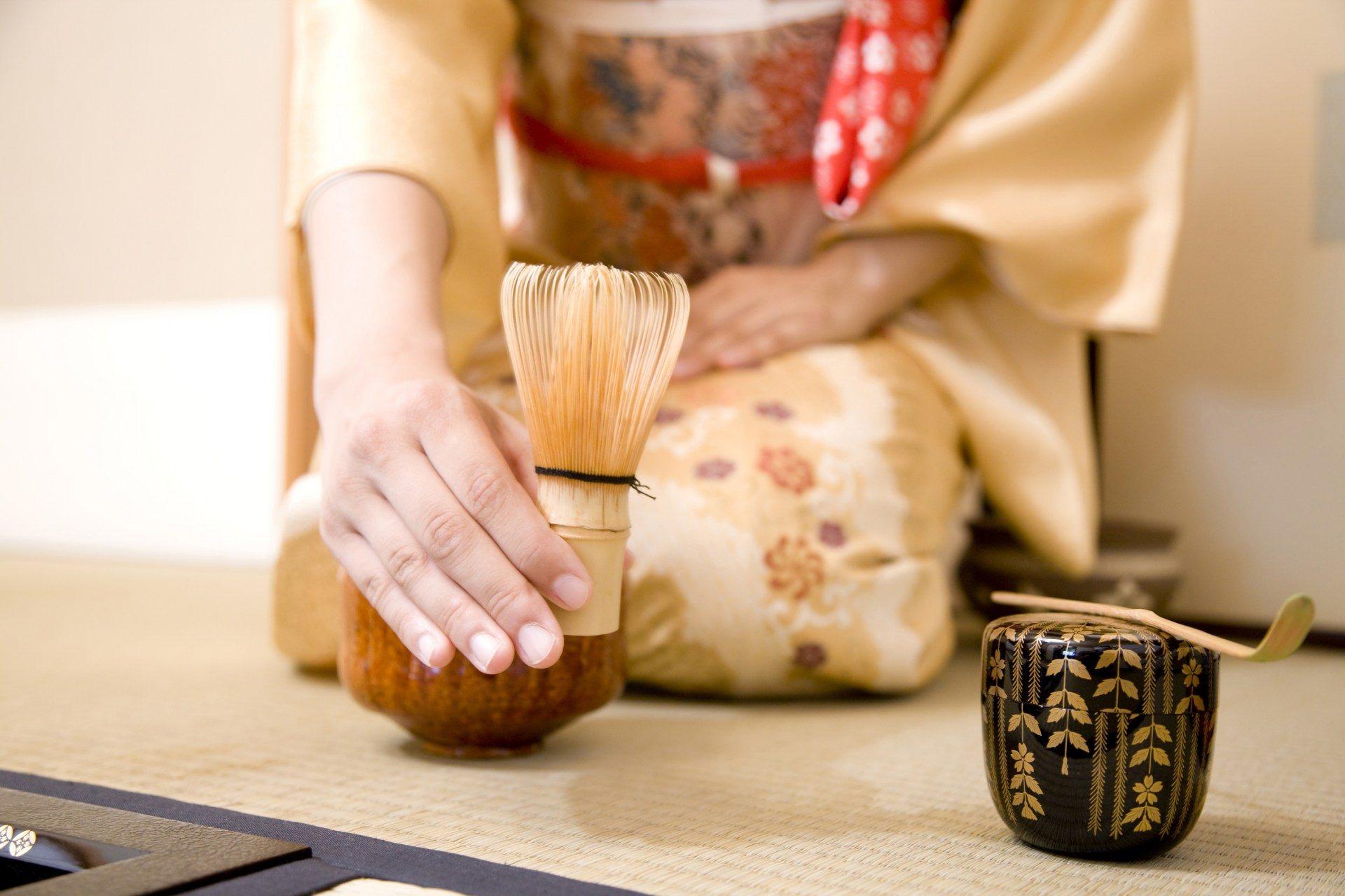 搅拌抹茶的工具:茶筅