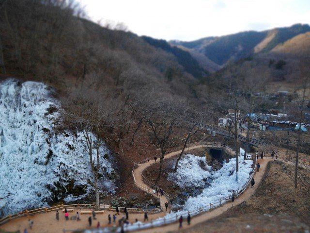 芦久保冰柱 盘旋的山路