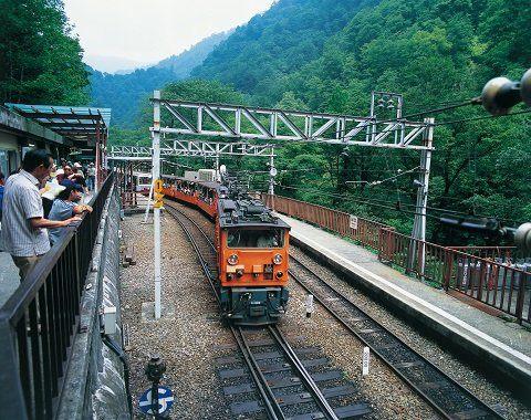 黑部峽谷小火車