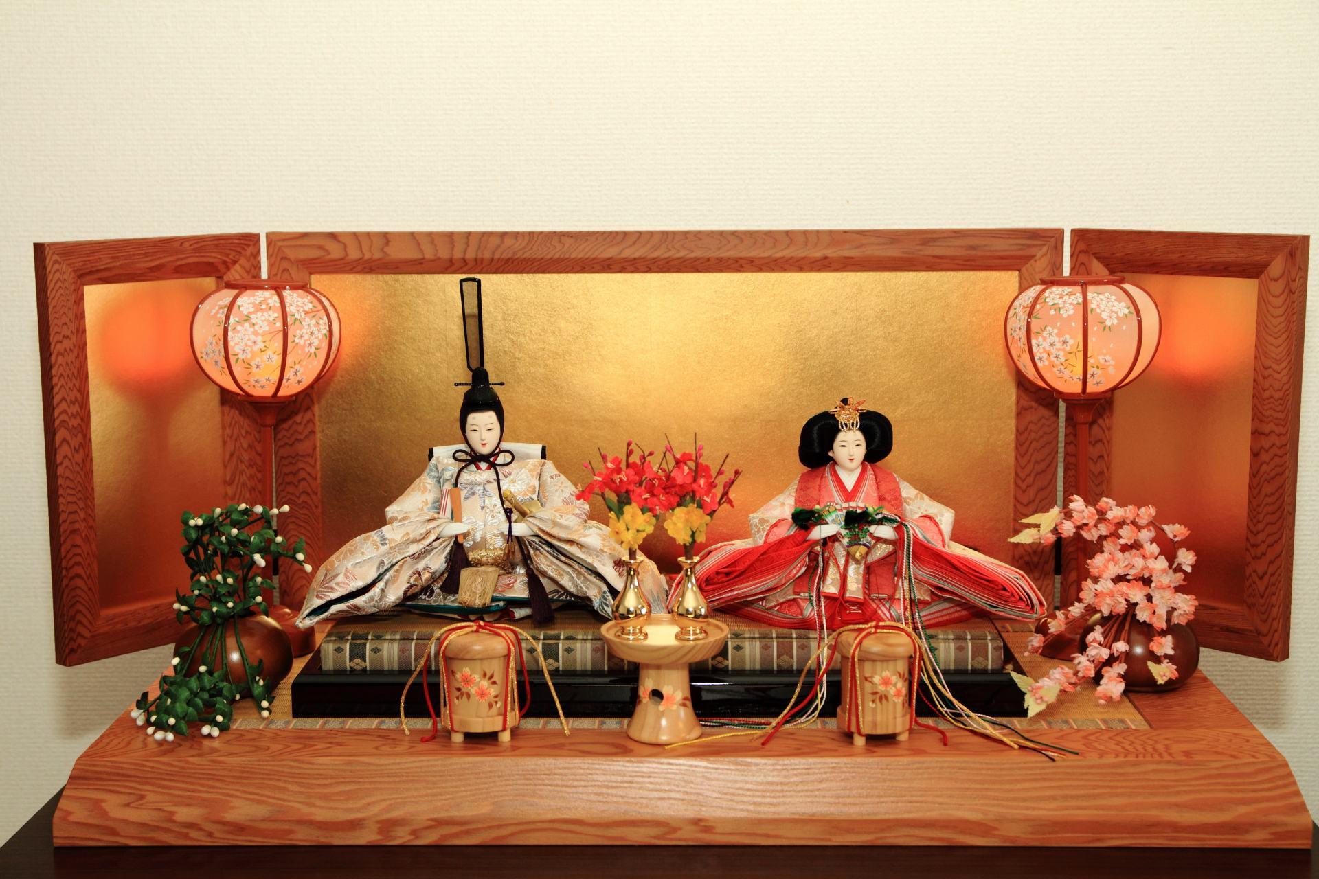 一般日本家庭內的一段雛人形