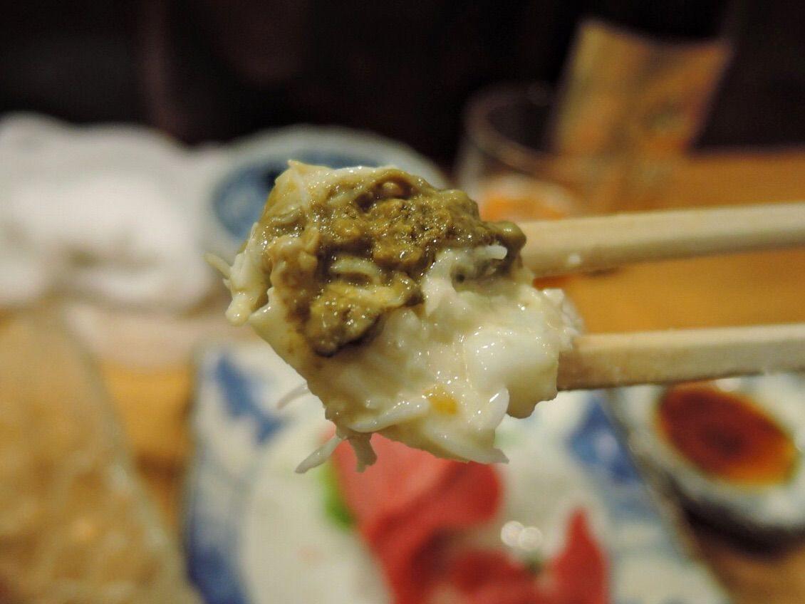 毛蟹沙拉底部的蟹黃