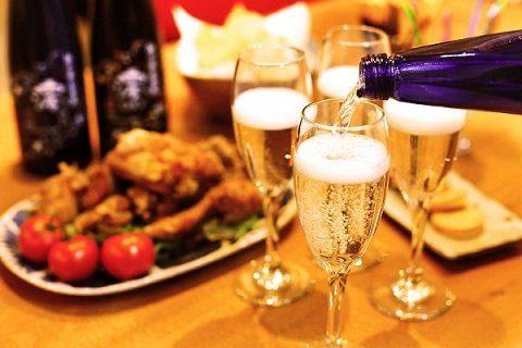 清爽氣泡帶出舒暢口感!冷冽的全新感覺日本氣泡清酒!