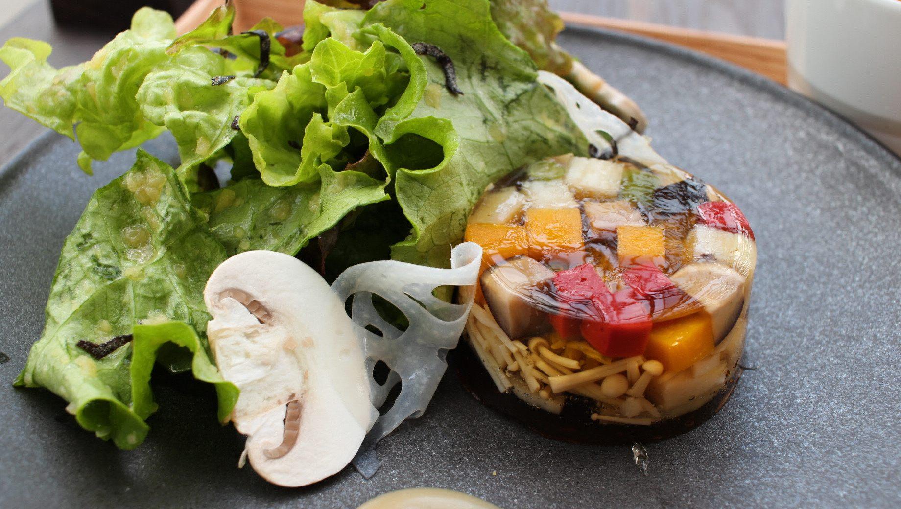 「什锦蔬菜水晶冻套餐」(野菜の煮こごり)