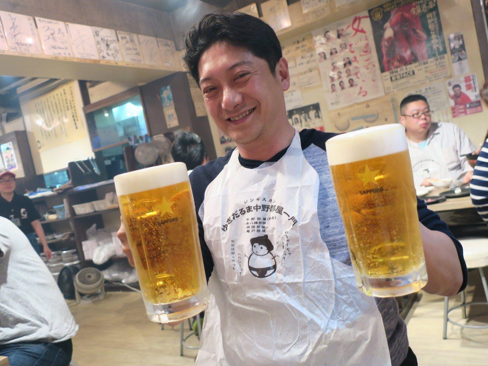 大size的生啤酒與烤羊肉最對味!!