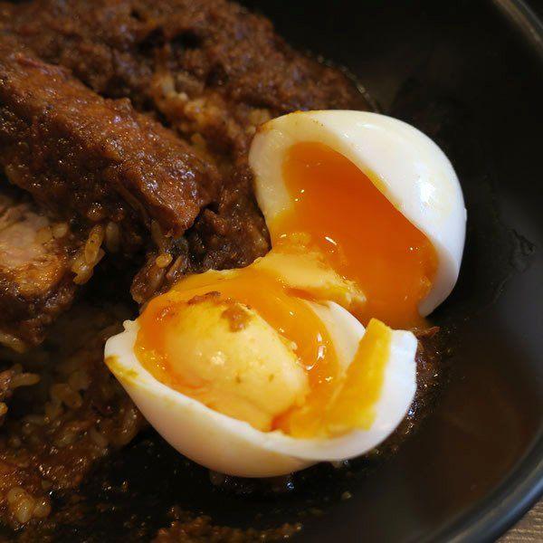 半熟蛋与咖喱相当搭