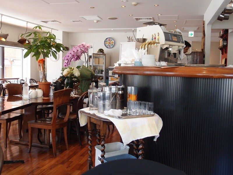 A Votre Sante Endo, a western food restaurant in Ginza