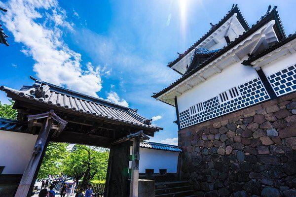 Ishikawa-Mon gate