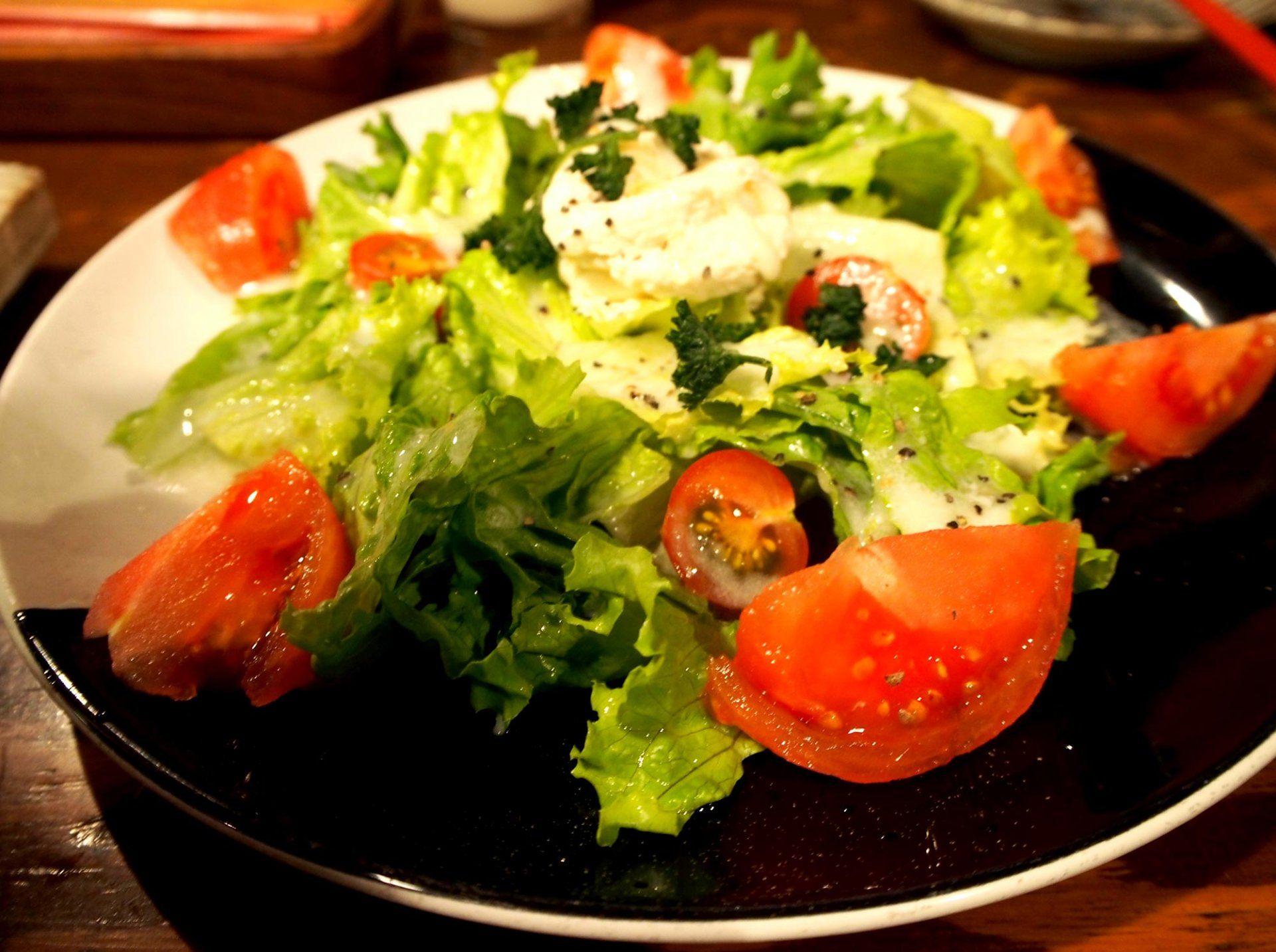 蕃茄雞肉火腿起司沙拉  540日圓