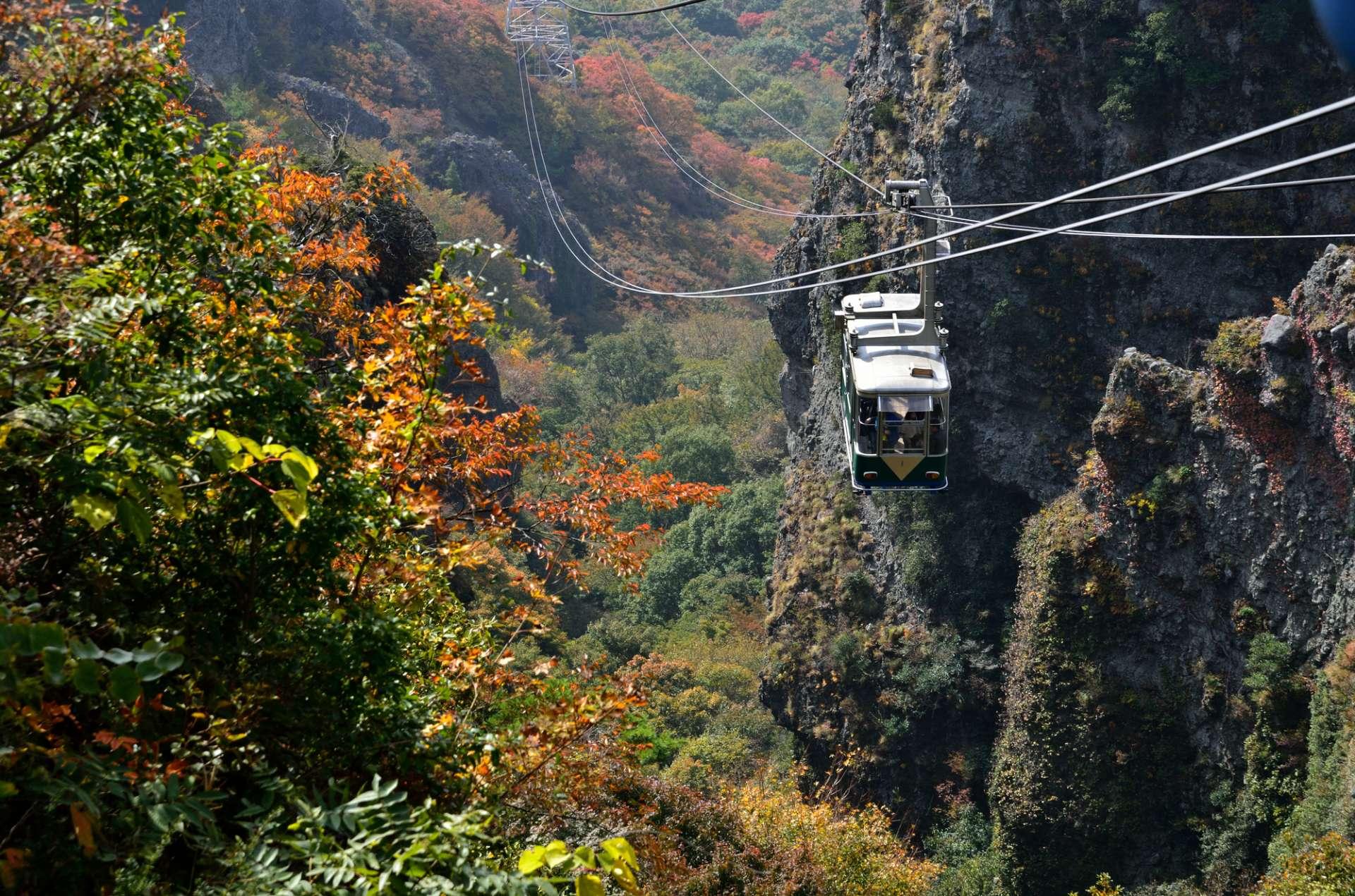 寒霞溪、新绿、空中缆车、绝景、山顶、健行