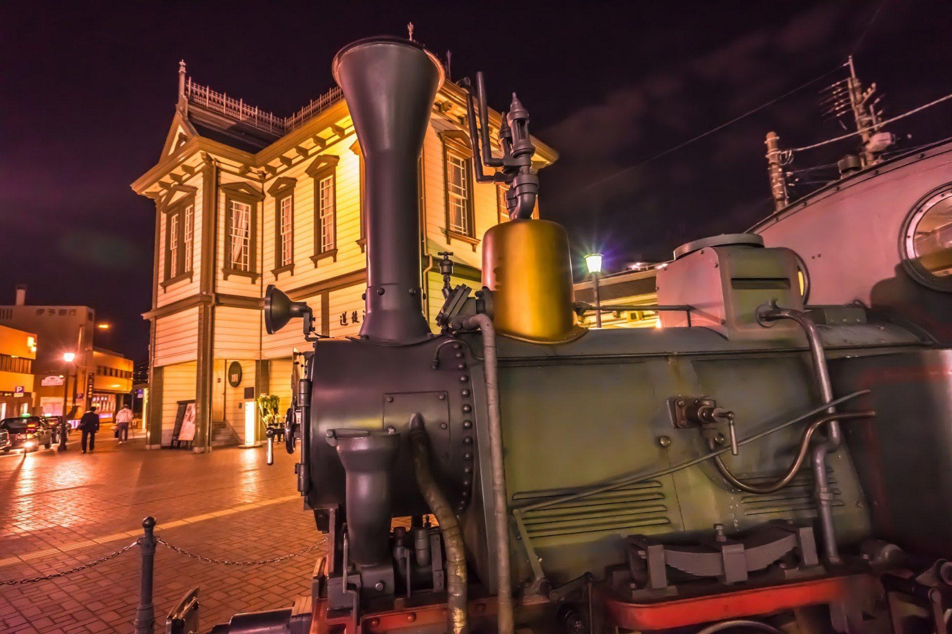 少爺火車的夜景