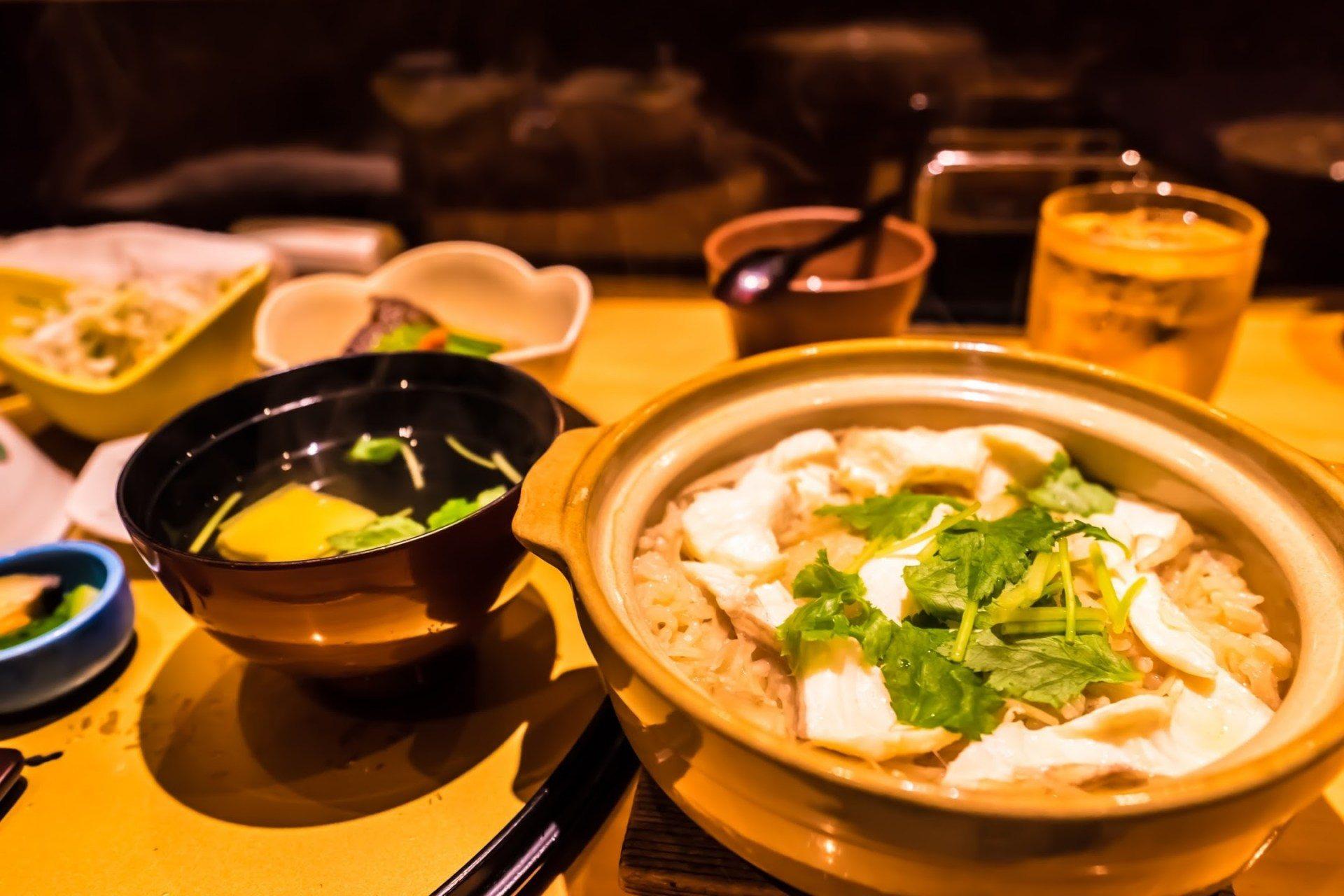 「鯛土鍋飯 」,一份2880日圓(含稅)