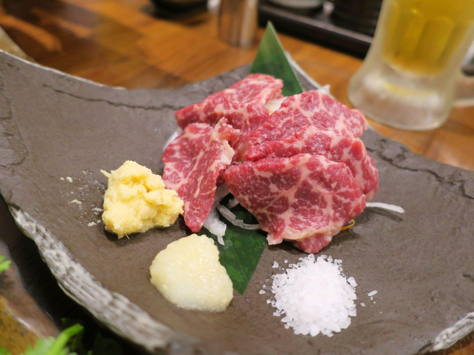 Basashi (raw horse meat) (780 yen)