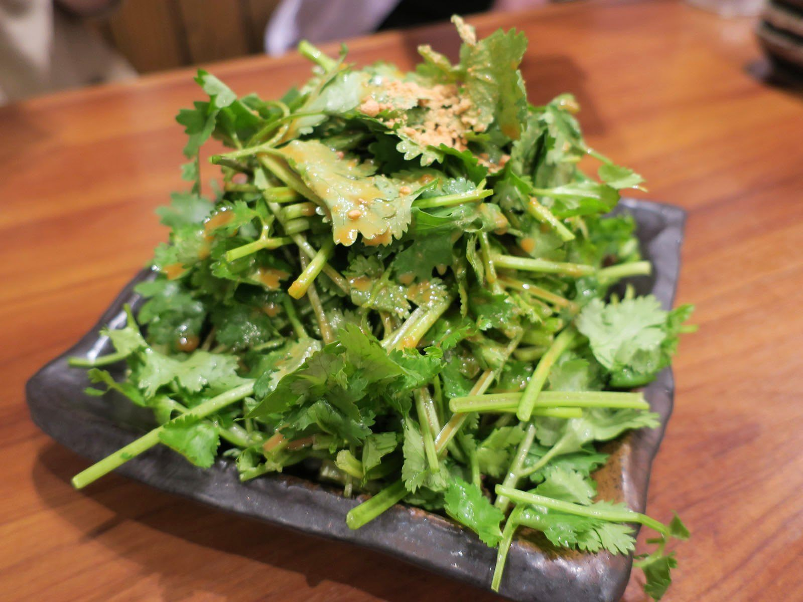 """So good it must be evil cilantro salad"" (480 yen)"