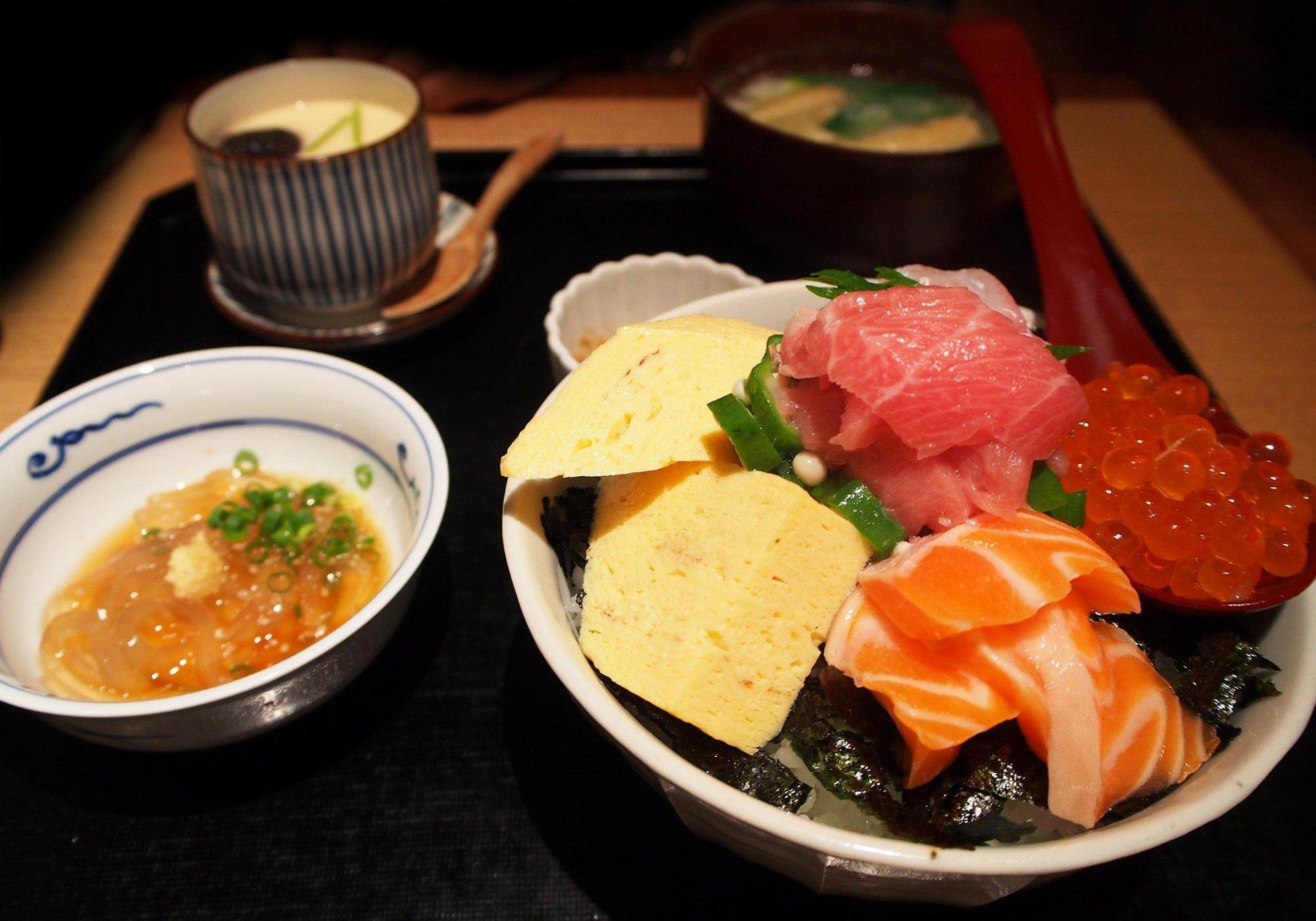 海鲜丼定食