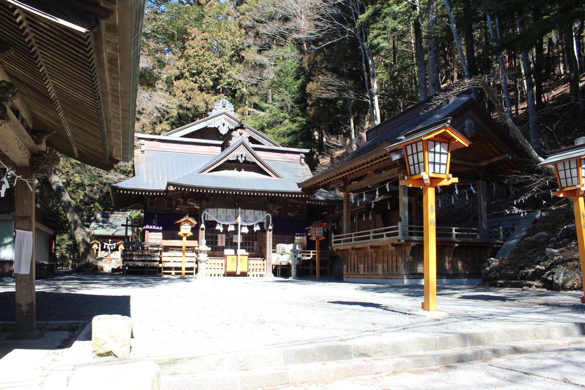 富士浅間神社·正殿