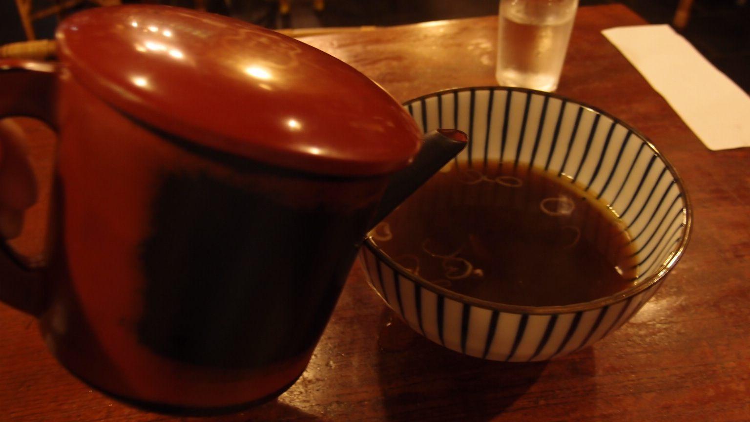 饭后享用荞麦面汤