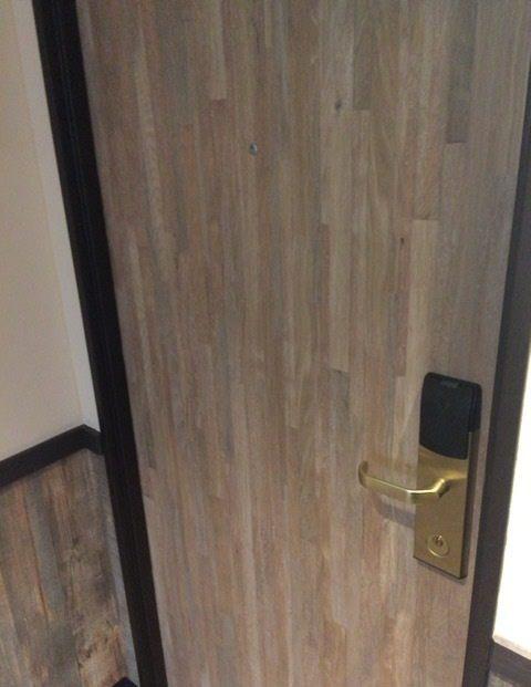 房間使用房卡進入