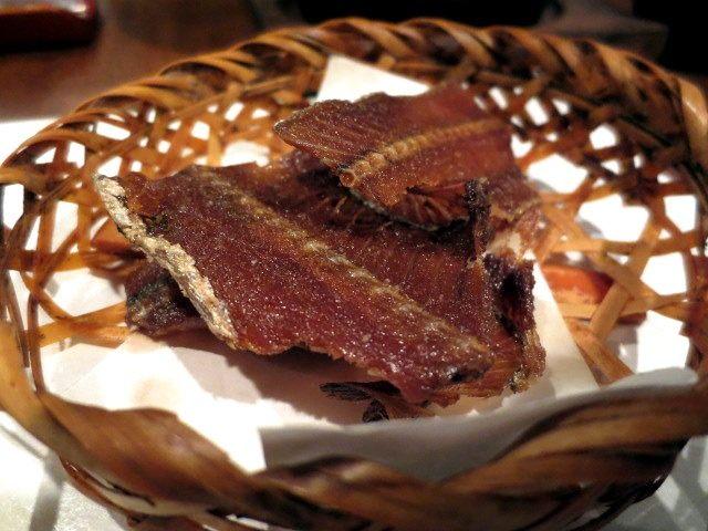 白帶魚骨做的脆煎餅