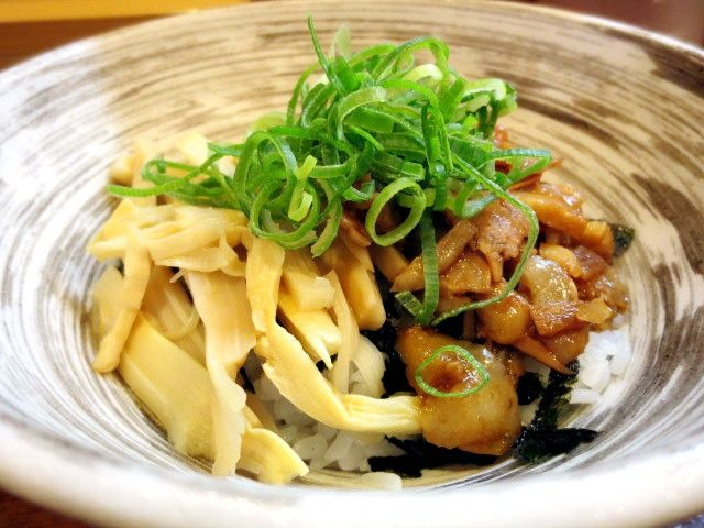 Chamen* Don (small) (¥150) (¥250 dinner menu)