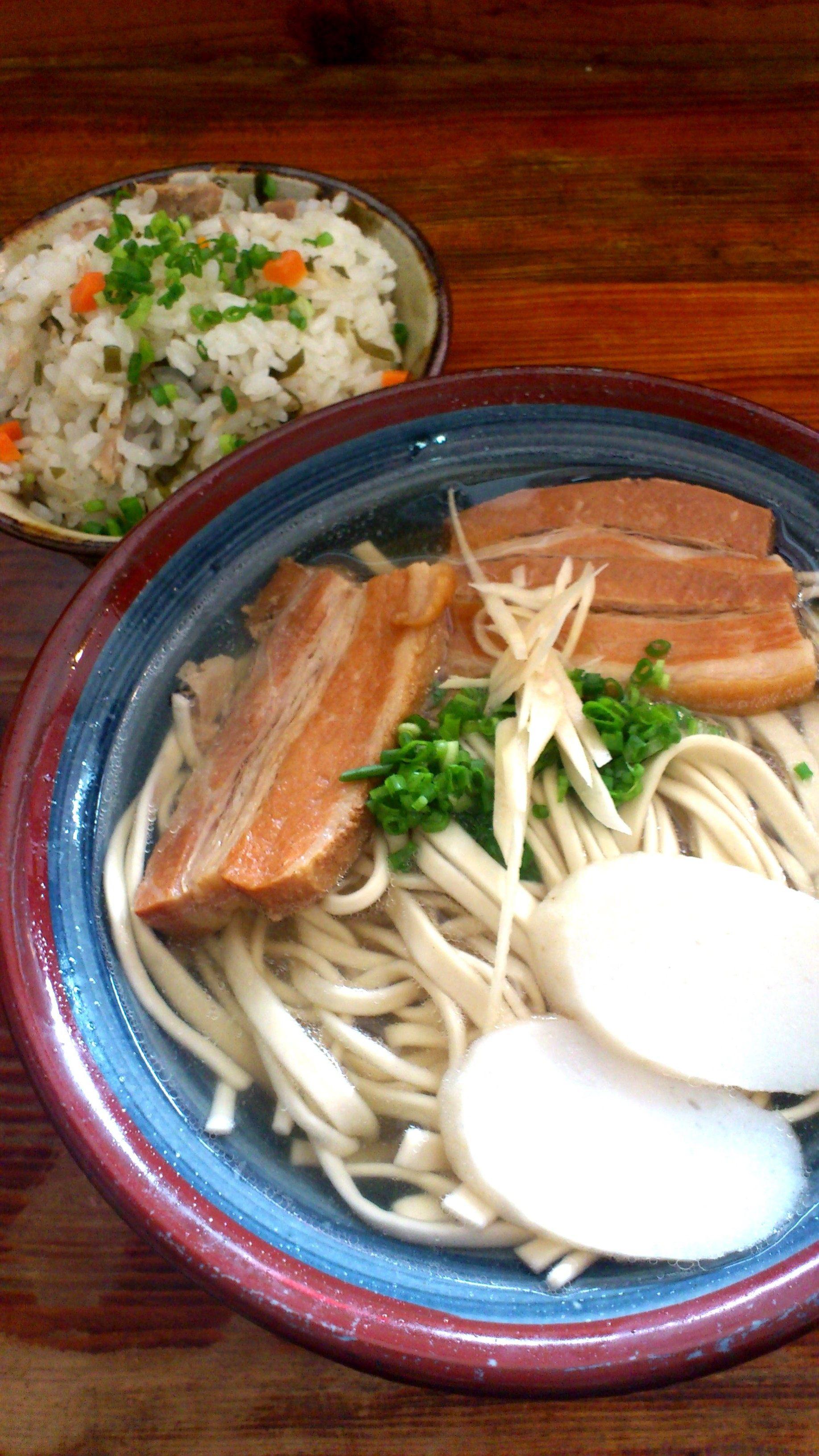 首里拉麵(沖繩拉麵店)
