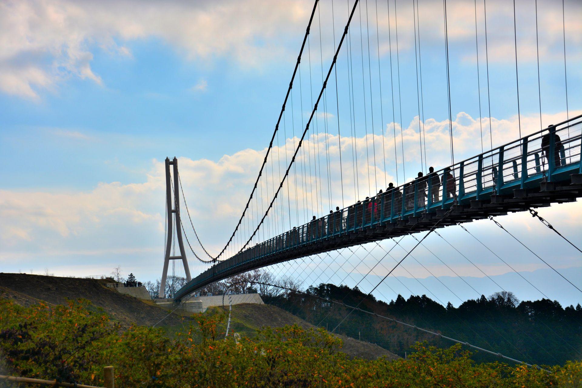 三岛大吊桥红叶美景