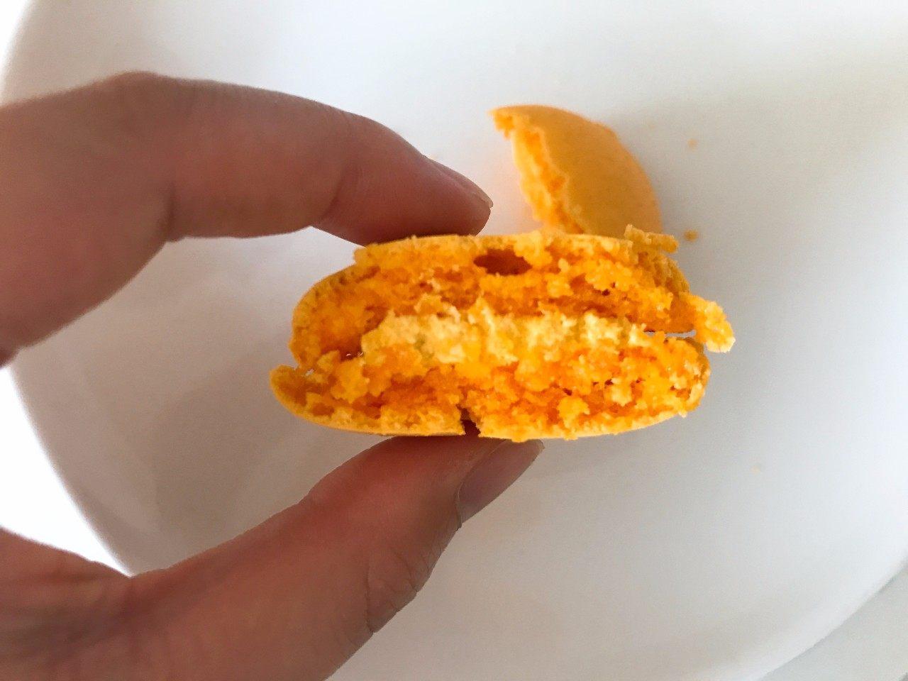 马卡龙 黄色的芒果口味
