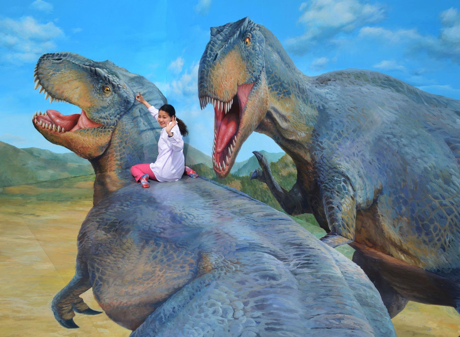 作品名:乘著恐龍的大冒險