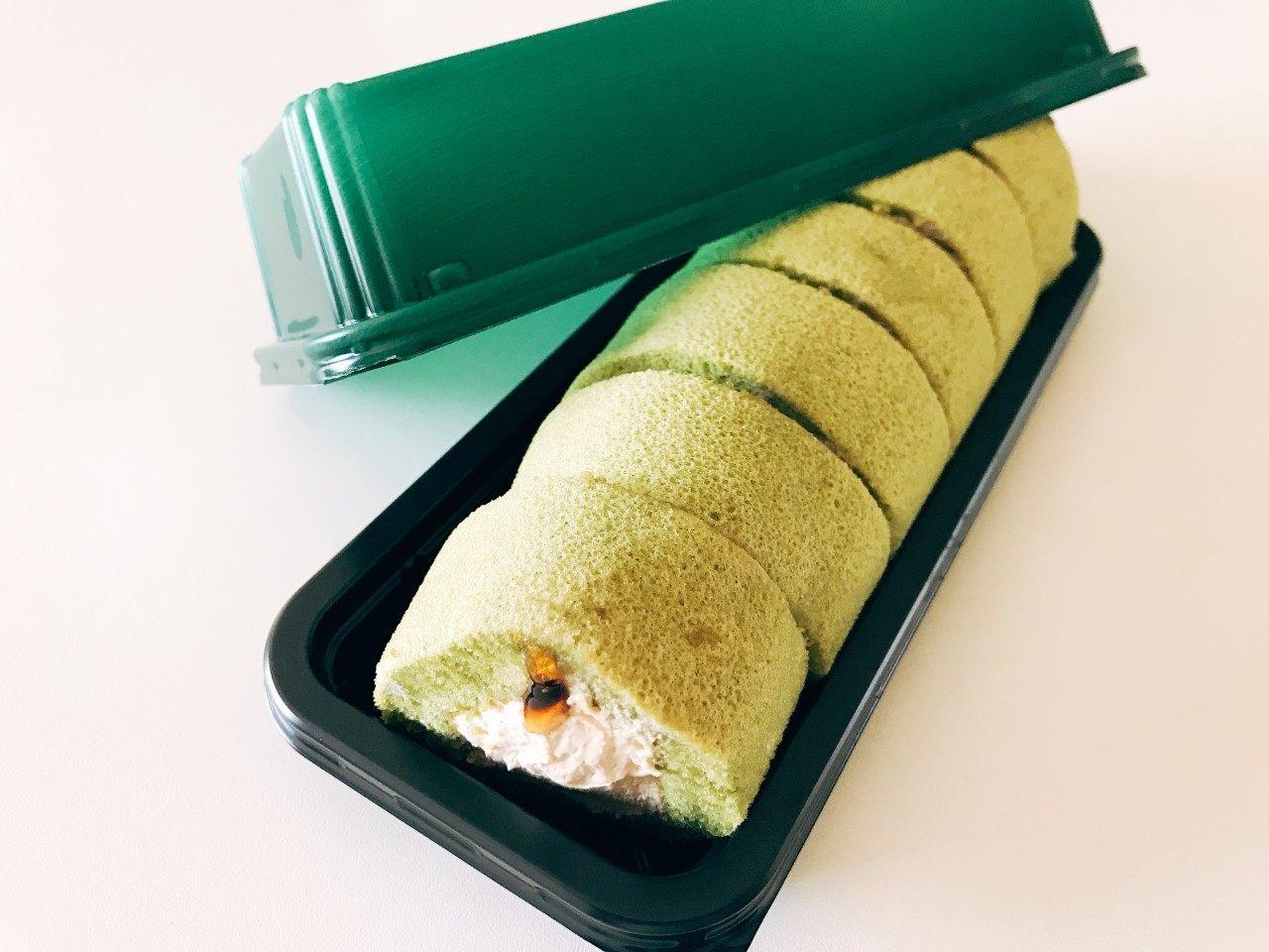 Mochi shokkan (Chewy like Mochi) roll cake (Uji Matcha flavour) series with Kuromitsu kinako filling