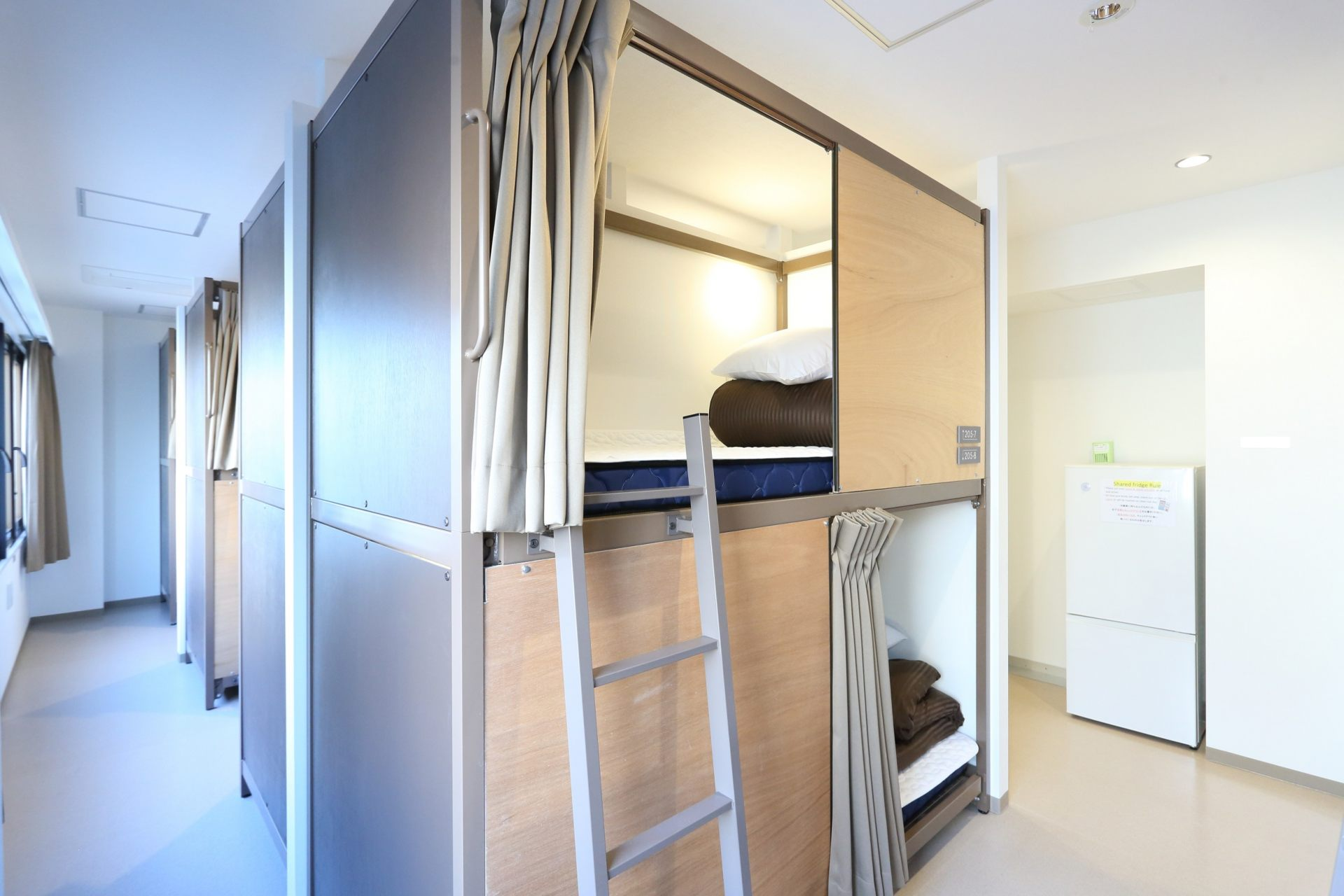 Mixed-Sex Dormitory Room (from 2,800 yen)