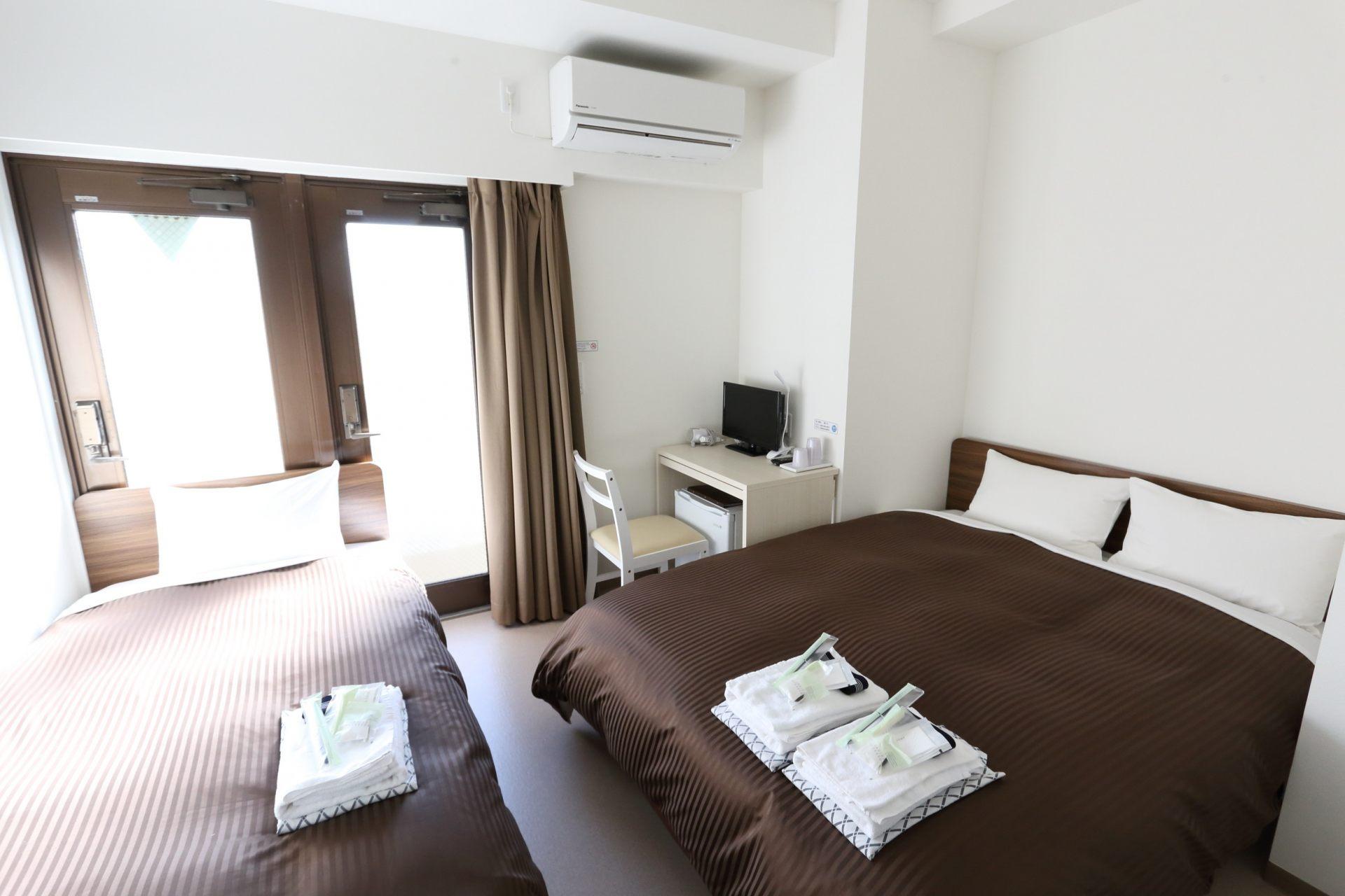 Triple Room (from 14,000 yen)