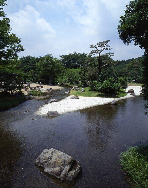 Suhama in Medieval period garden