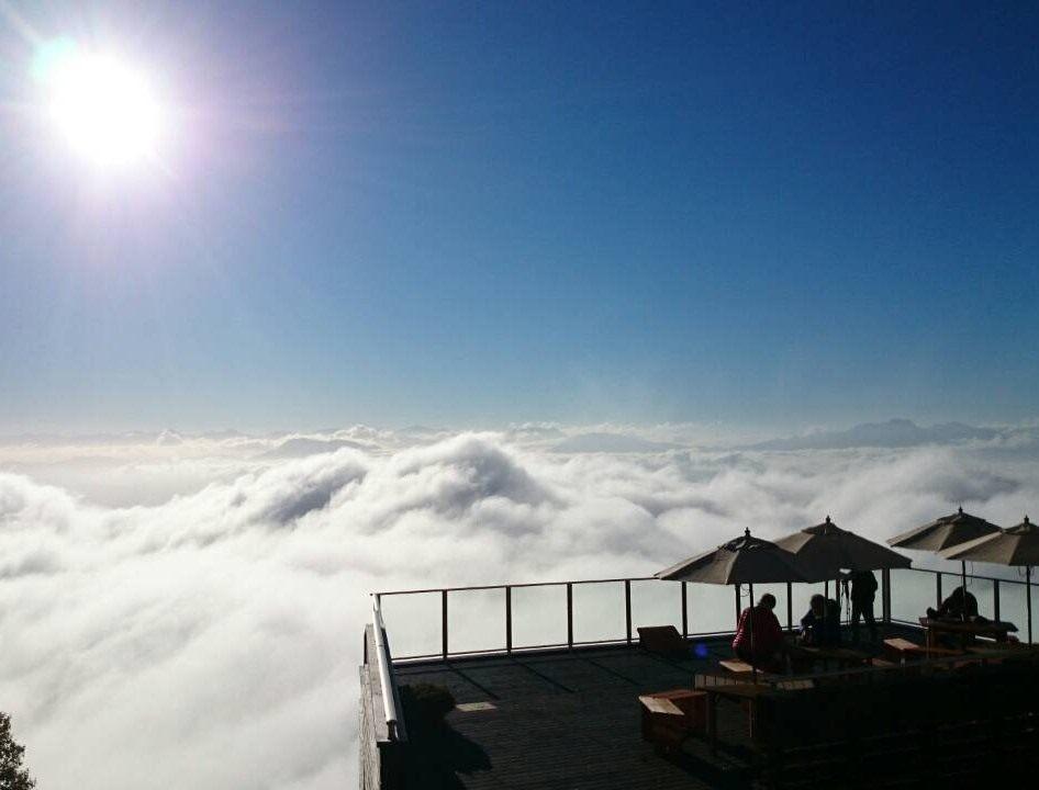 还有机会欣赏到云就像是海一般扩大的绝景「云海」