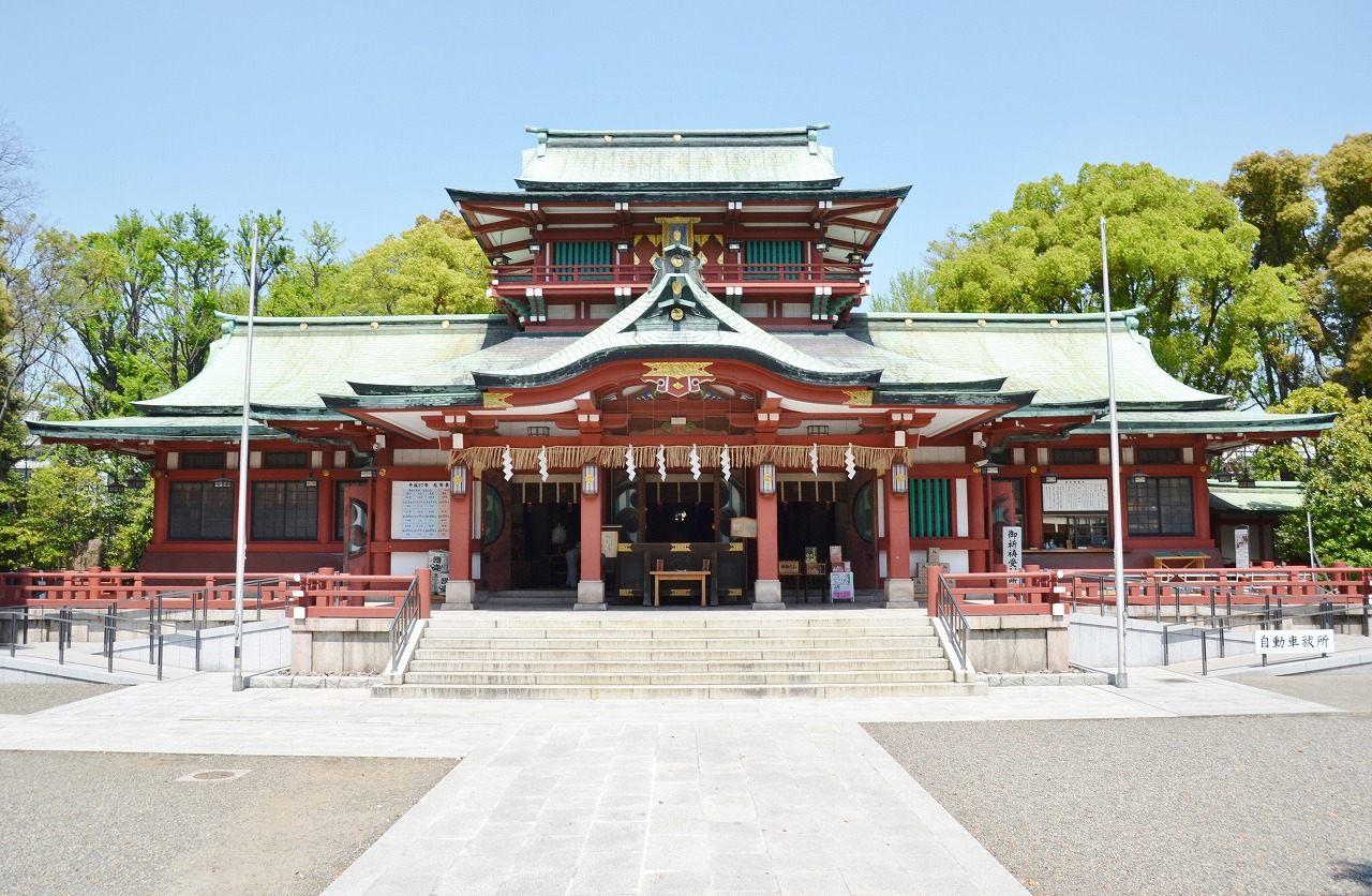 约有400年历史的富冈八幡宫