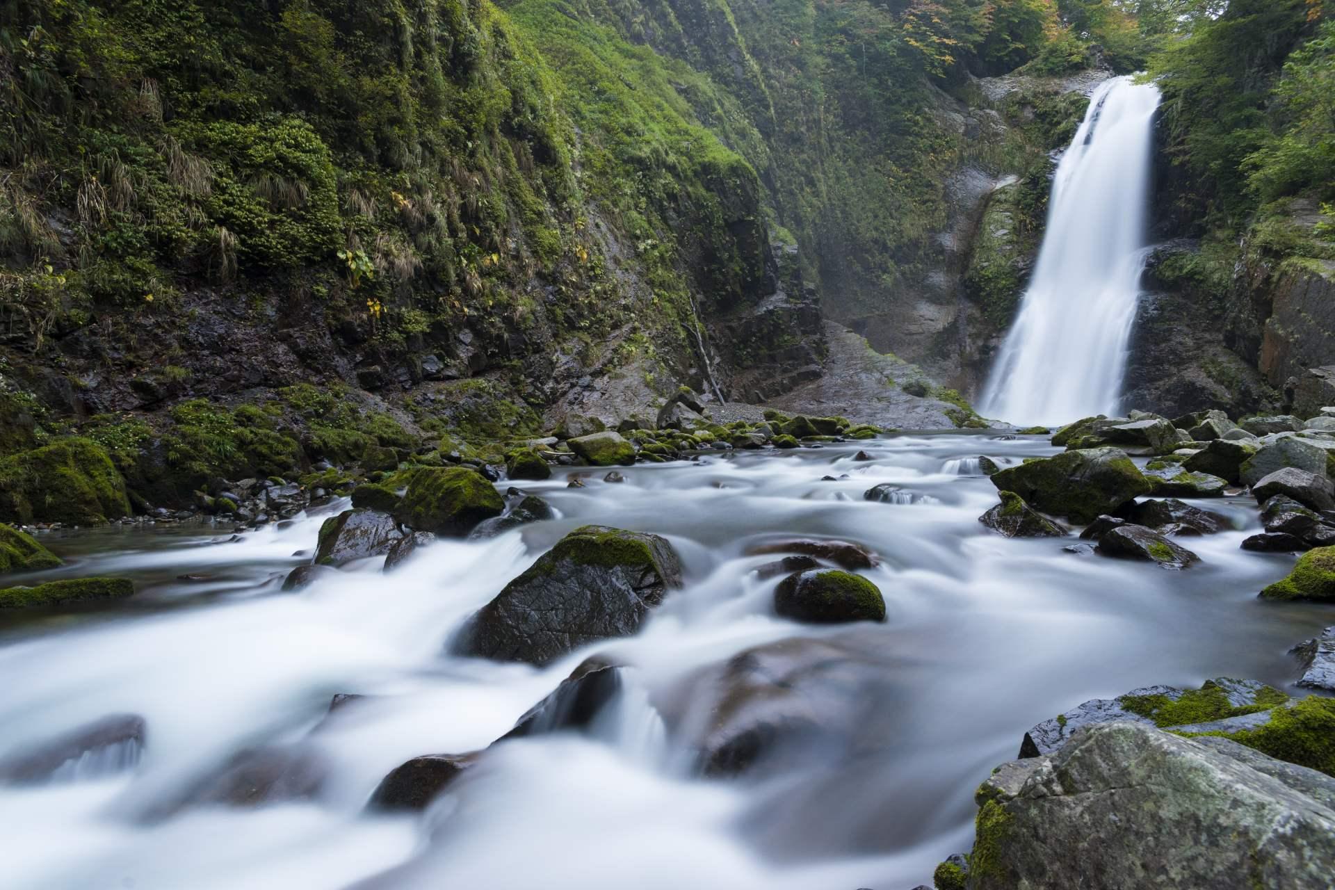 可以欣賞秋保大瀑布等自然景觀的宮城縣