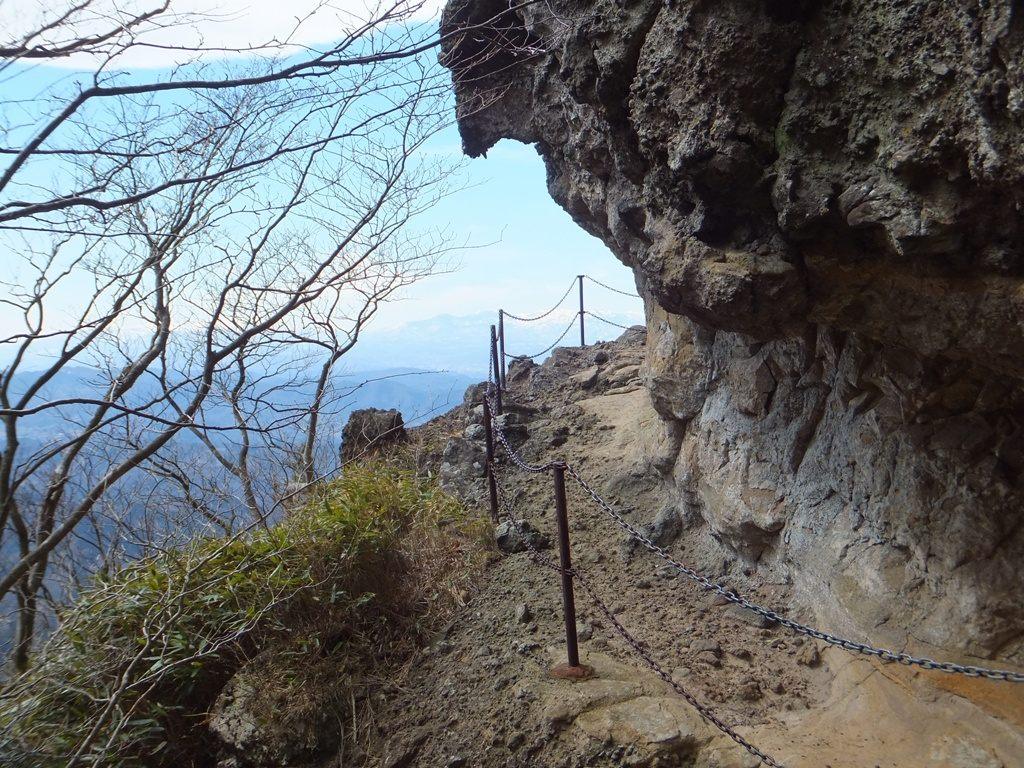 Hair-raising mountain path of Oyashirazu-koshirazu