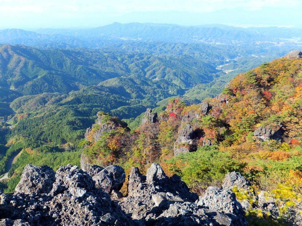 Mount Ryo and fall foliage