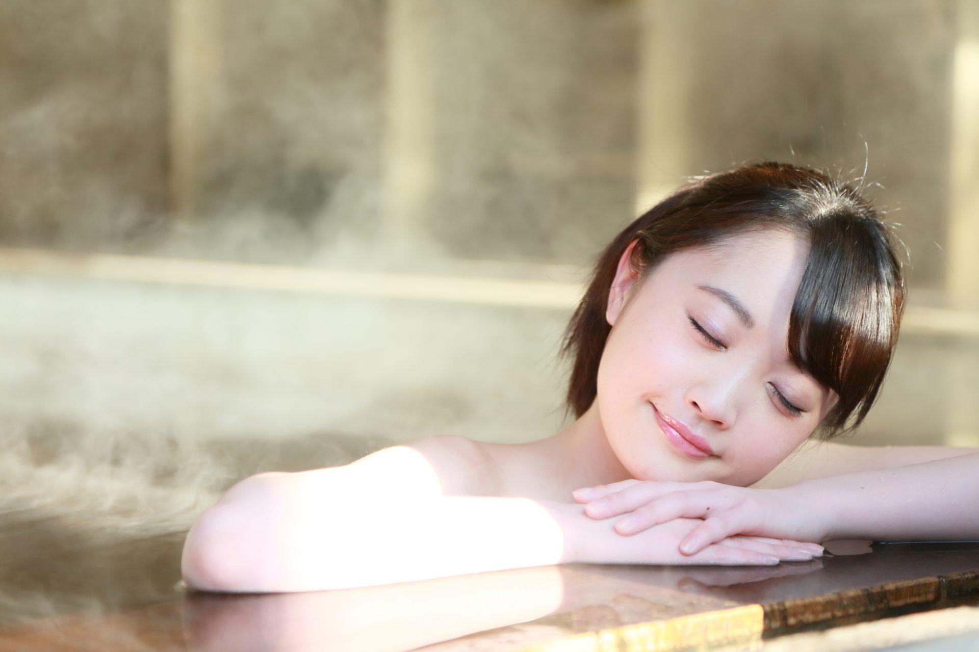 泡溫泉讓身心放鬆