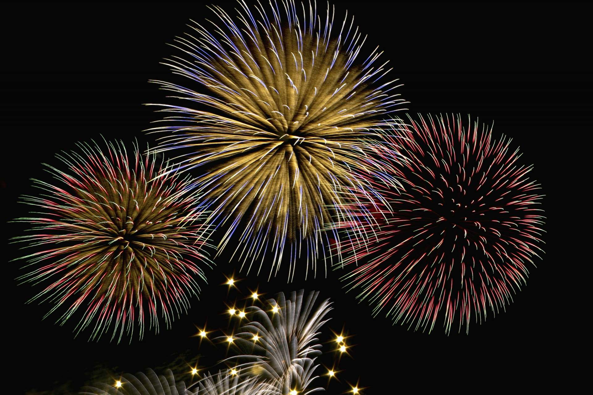 Make lasting memories of New Year's Eve by watching a beautiful fireworks display!