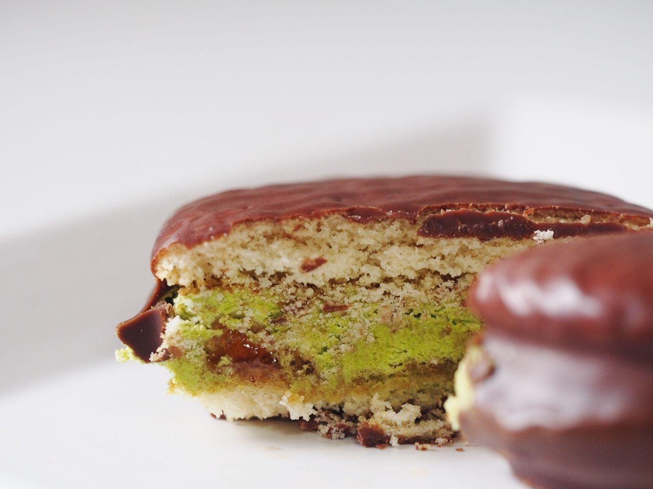 巧克力派 剖面圖