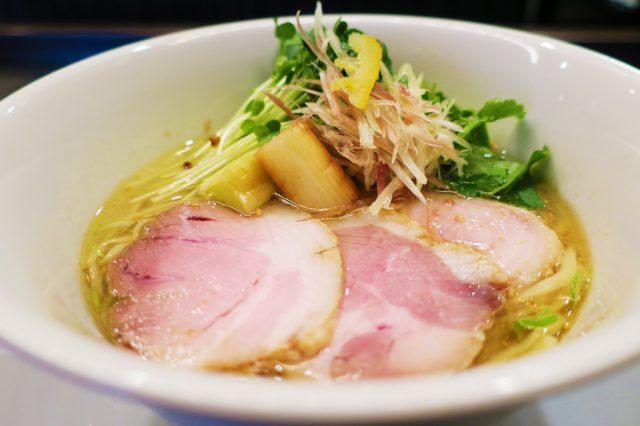 鹽味拉麵(800日圓)
