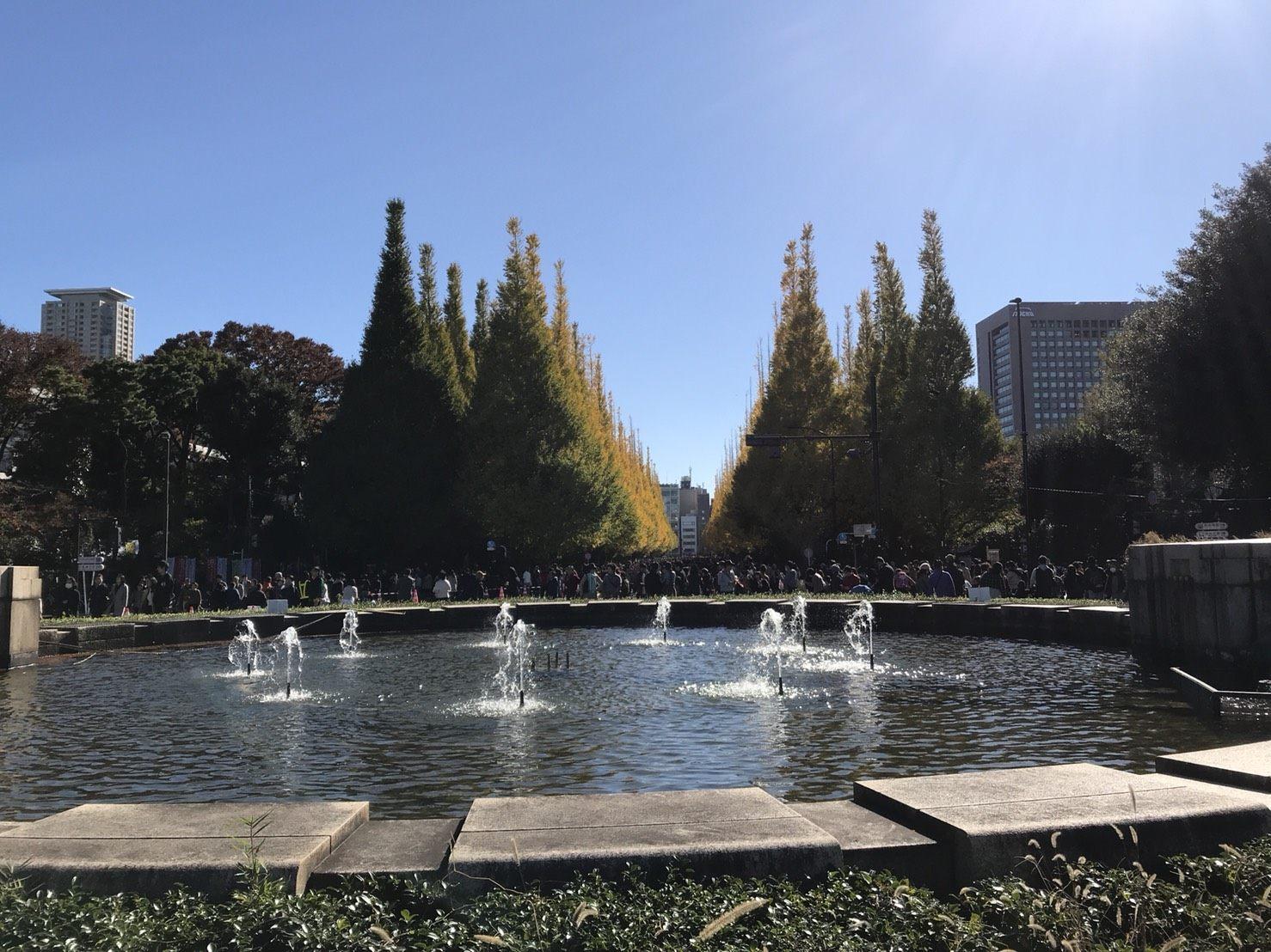 外苑的喷水广场