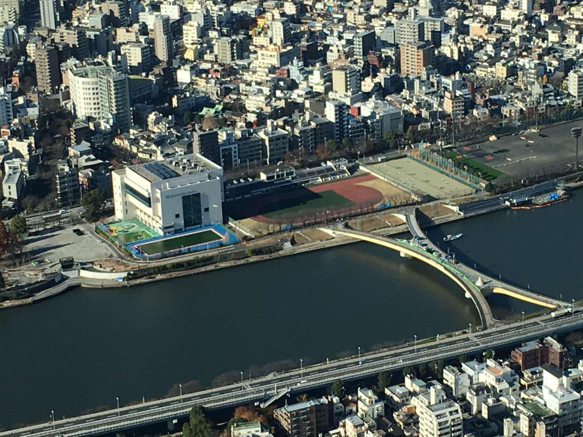 从天望甲板望出去的隅田川