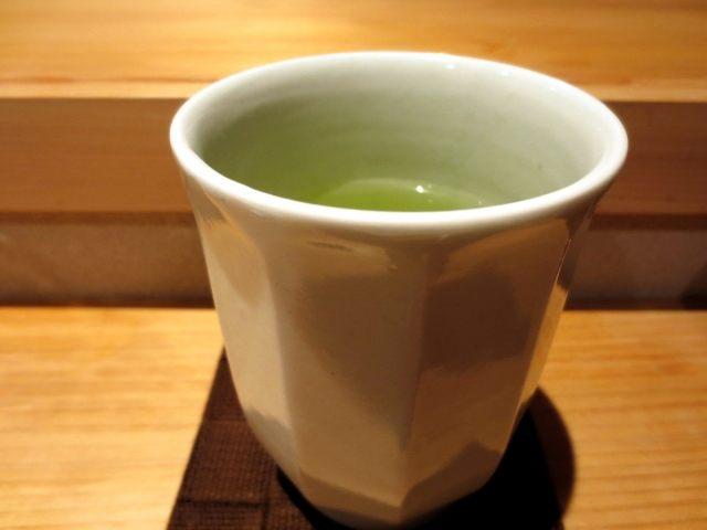 餐后的贴心茶