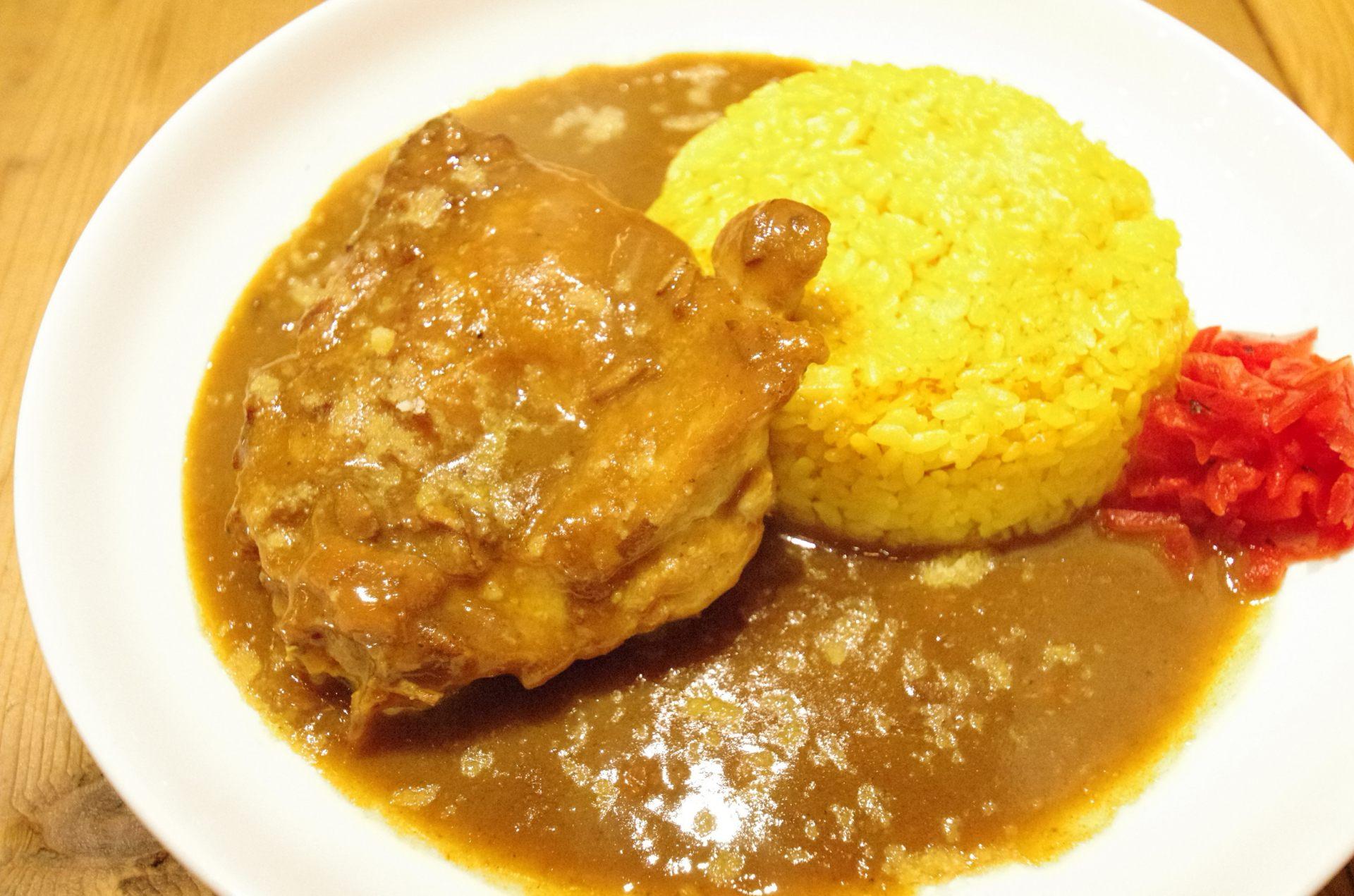 咖哩雞飯 680日圓(限量15份、附沙拉、免費加大)