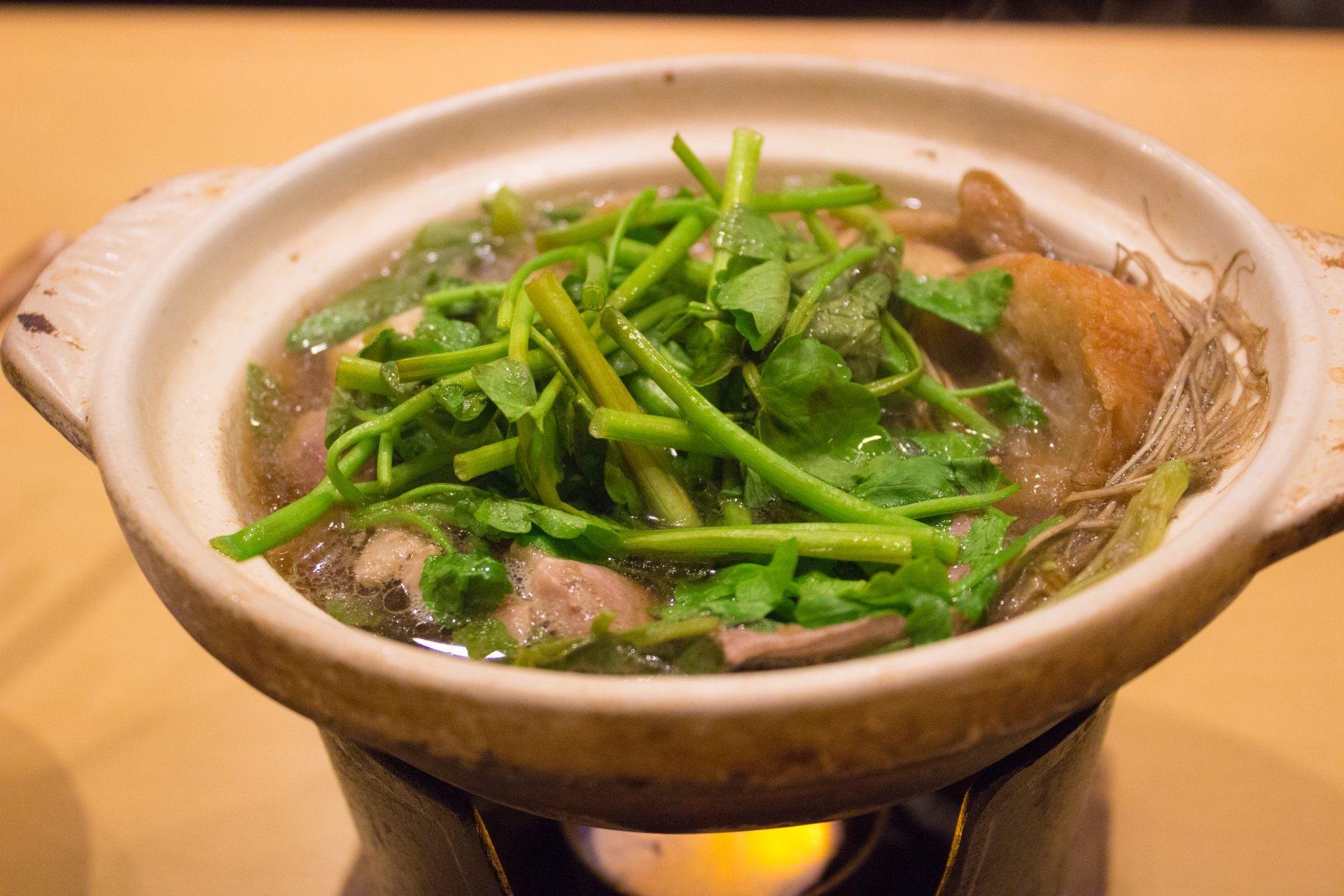 仙台冬天一定要品尝的美食「芹菜火锅」